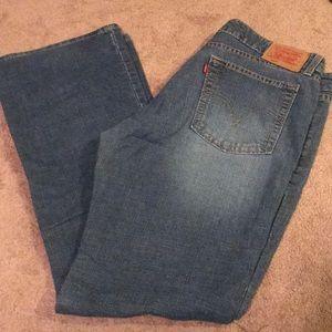 Junior's Levi's jeans